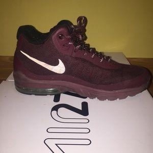 Nike air Invigor